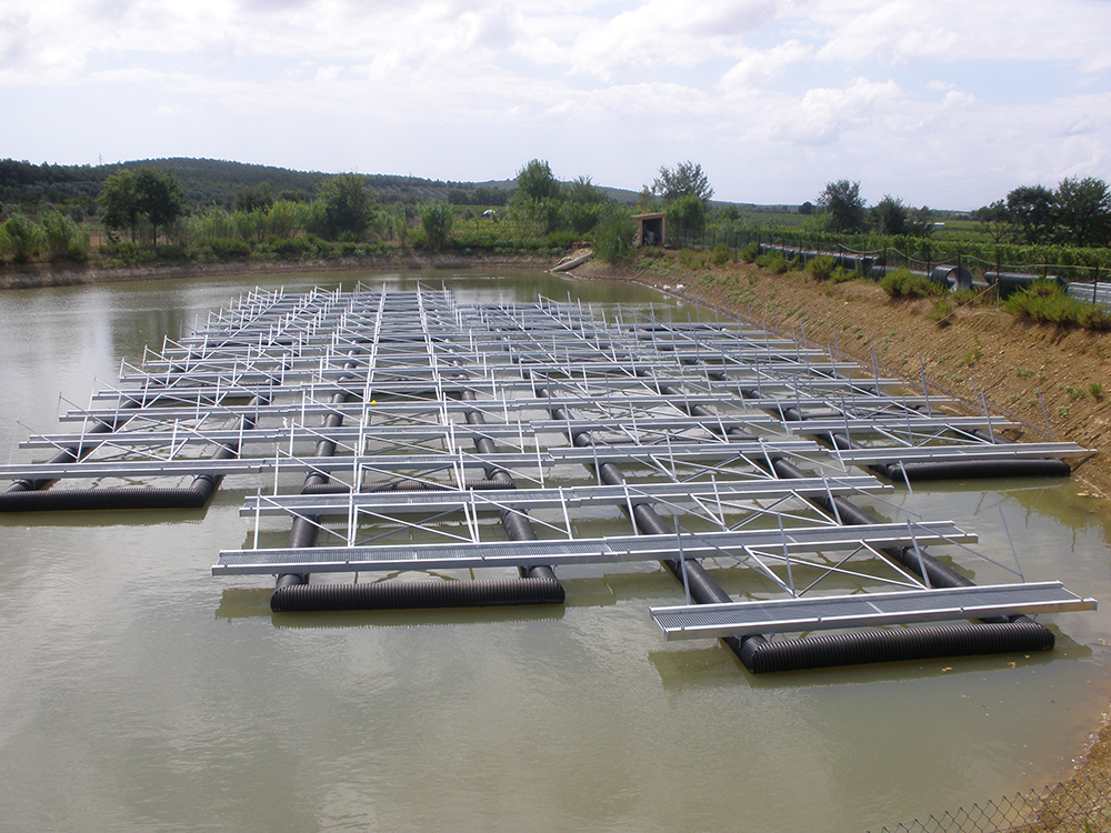 Floating structures for the photovoltaic system