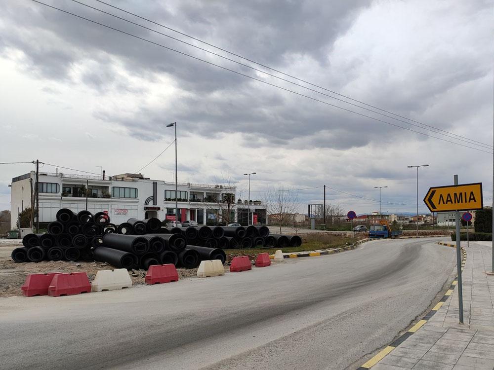 Λεωφόρος Καραμανλή: Κατασκευή οδικού τμήματος